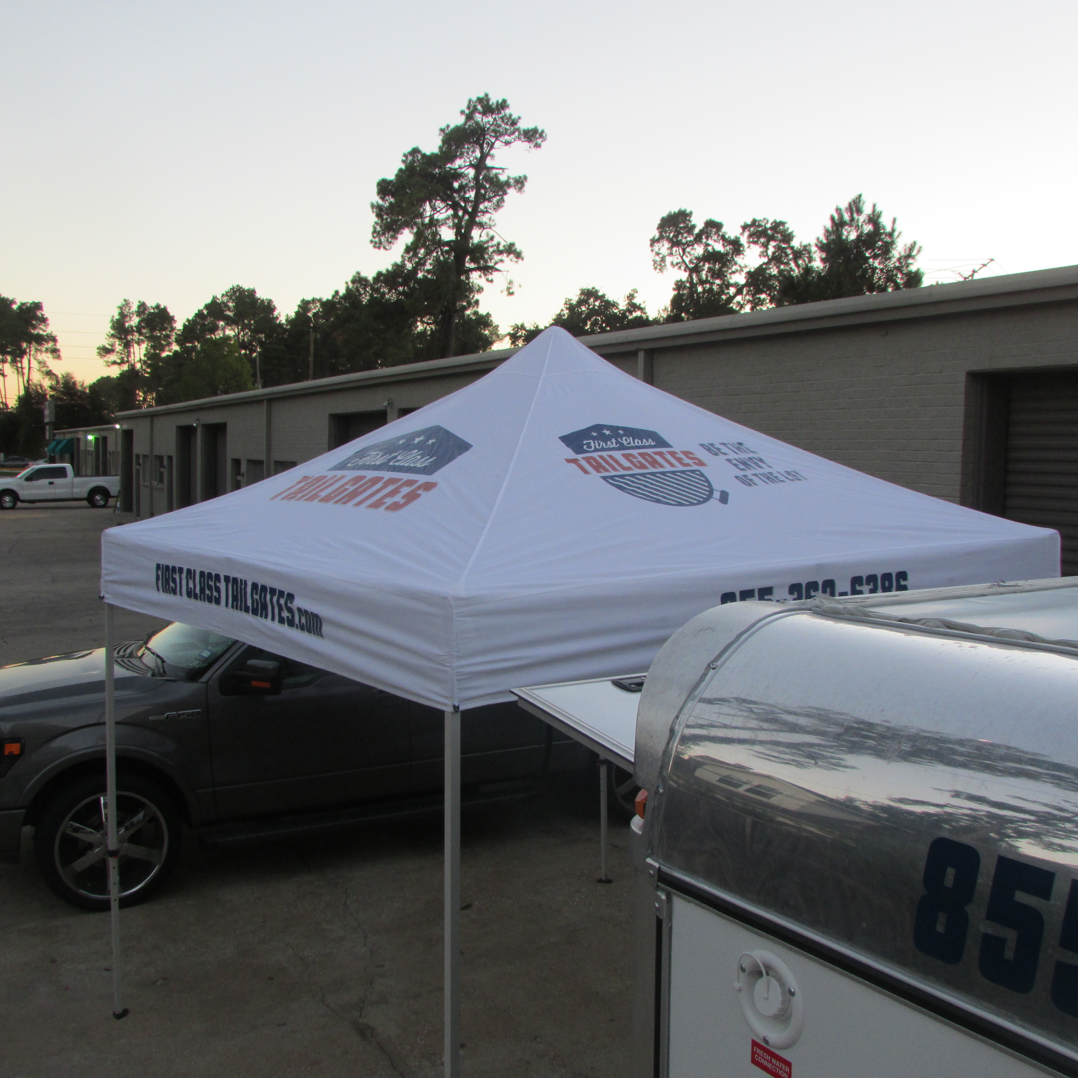 rent tailgate tent